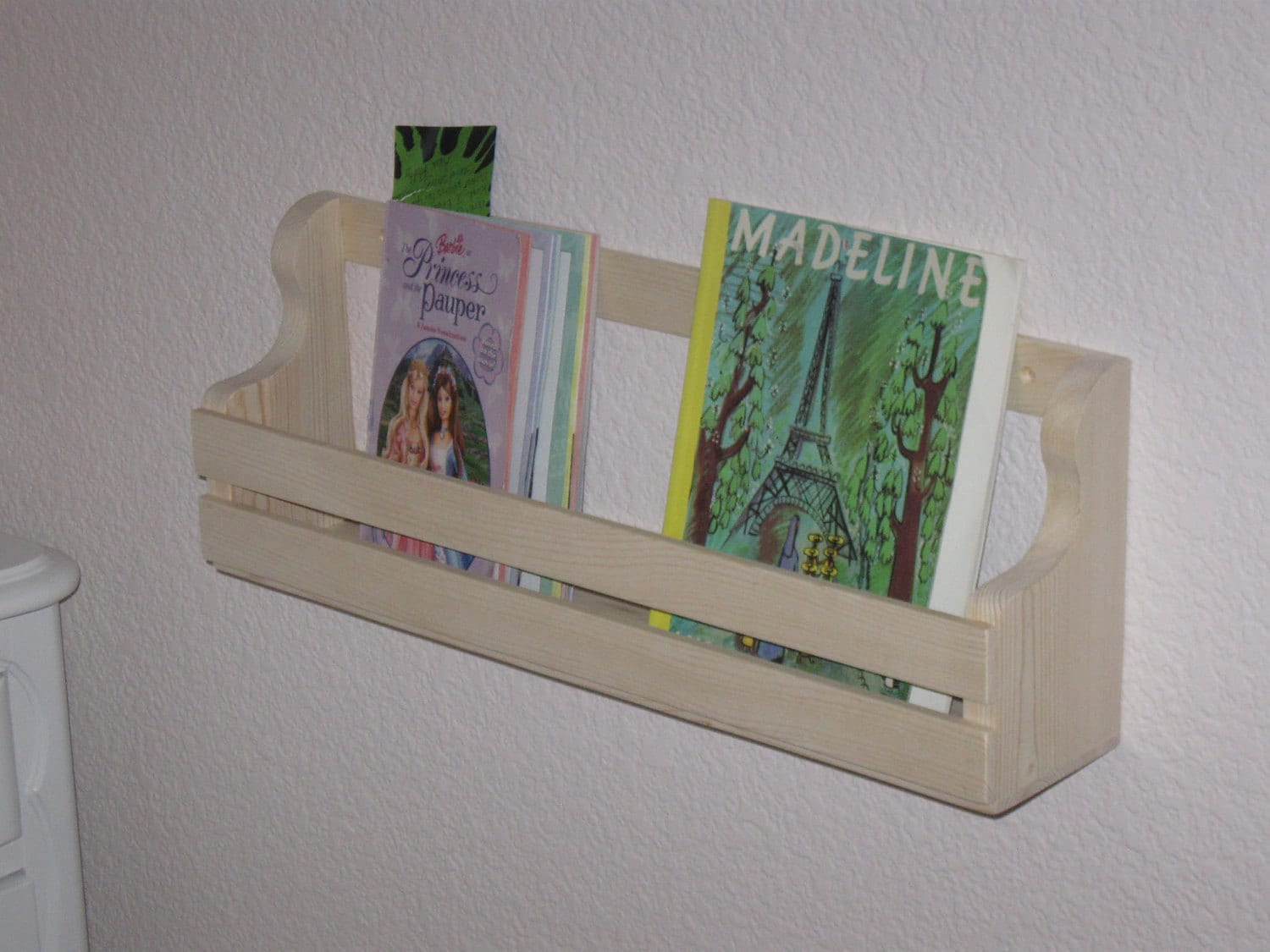 Wall Mount Book Rack 1500 x 1125