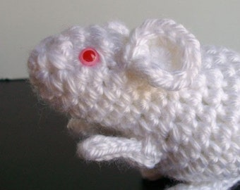 Lab Rat    Crochet and Knit Pattern