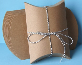 20 Medium Kraft Pillow Boxes for Treats, Packaging & Gift Wrap . 4.5 x 4.5 x 1.5