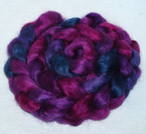 WENSLEYDALE  Hand Painted roving top spinning felting fibre 100g