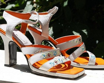 Orange and white embroidered nine west strappy heels, size 35, 17.00 sale