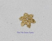 8 Inch Strand Gold Base Metal Star Shaped Bead Cap Spacers - 12mm - 0271