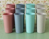 Plastic, Tumbler, Cups, Tupperware, Turquoise, Blue, Pink, Gray, Nesting