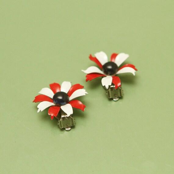 Vintage Clip on Earrings, Metal, Flower, Red, White, Blue