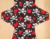 Hearts and Skulls 10 inch AIO