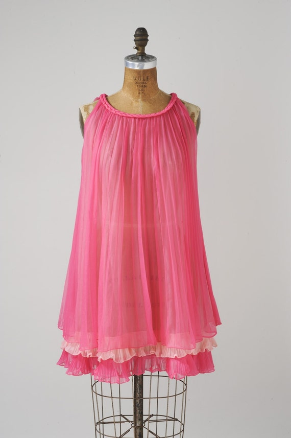 Hot Pink Baby Doll Kitten Sexy 60s Nightie By Missfarfalla