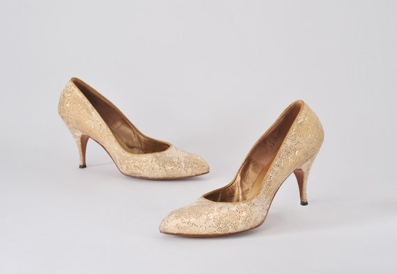 1950's Gold Lace Heels - Vegas to Hollywood
