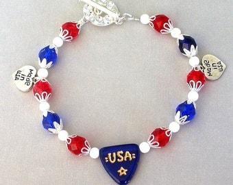 Red, white and blue bracelet, patriotic bracelet, Czech glass and crystal bracelet, July 4th bracelet