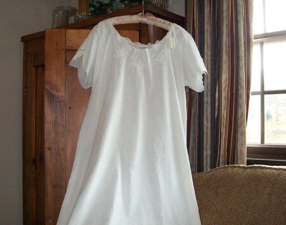 Vintage Nightgown Womens Gown Long White Sheer Cotton Fabric with Ribbon Sleepwear Lingerie