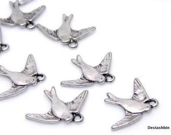 12 pcs - Antique Silver Vintage Style Bird Charm Pendant - 22.5x17.5x2mm
