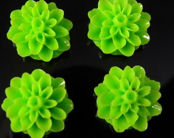 Green 15mm Dahlia Chrysanthemum Lucite Flower Cabochons, 6 pcs