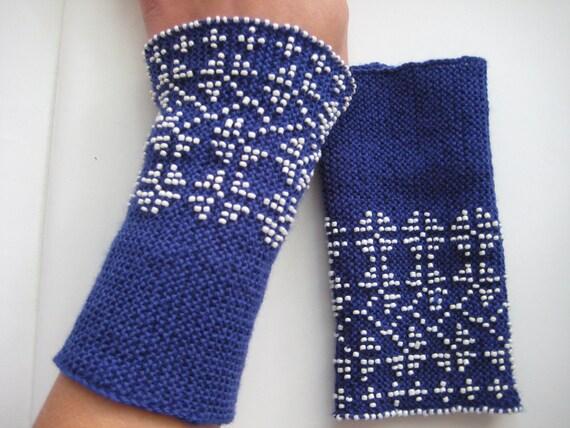 Flowers - hand knitted beaded blue Lithuanian woolen wrist warmers