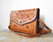 70s purse /  hand tooled leather purse / floral