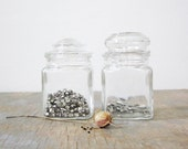 vintage apothecary jars / clear glass