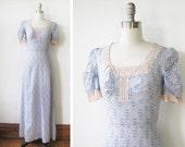 70s maxi dress / boho peasant puff sleeve dress