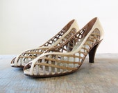 vintage metallic peep toe pumps / 1980s cage high heels / size  8.5