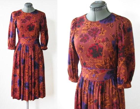 boho tapestry dress / vintage floral dress / rust red autumn dress