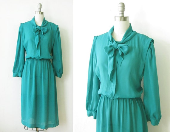 1980s dress / vintage 80s kelly green dress with ascot bow