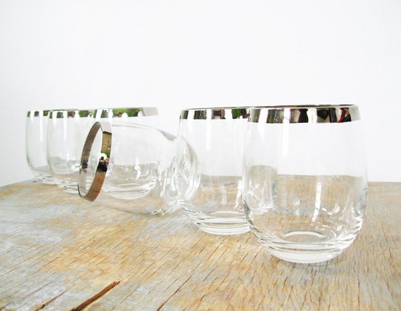 mad men glasses, silver dorothy thorpe roly poly glasses, 60s barware