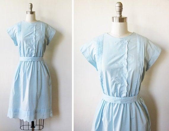 vintage 1970s dress / 70s baby blue day dress