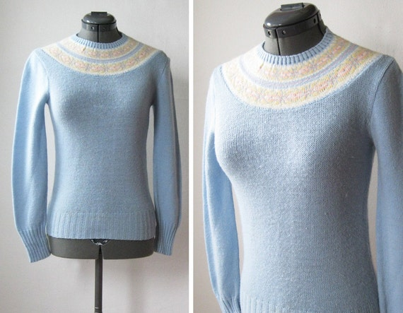 70s sweater / 1970s fair isle sweater / vintage baby blue pullover