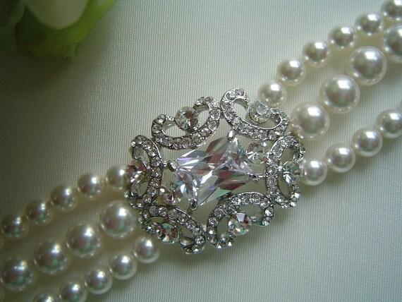 Rhinestone brooch pearl bridal bracelet