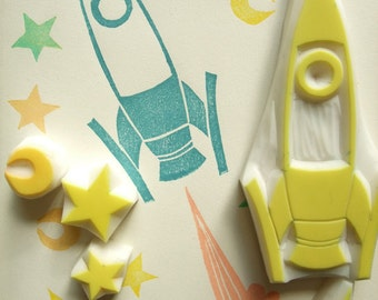 super rocket stamp set. retro spaceship hand carved rubber stamps. rocket moon star planet stamp. boy's birthday scrapbooking. set of 5