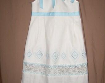 Custom Flower Girls Pillowcase Sun Dress Girls Beach Wedding Dress Heirloom Bridesmaid Dress Ivory Creme Linen Lace Dress