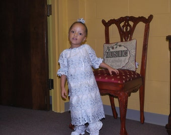 Custom Flower Girls Peasant Dress White Beach Wedding Portrait Photo Heirloom Layers Eyelet Lace Trim Size 1/2t 1t 2t 3t 4t 5 6 7 8 10 12 14