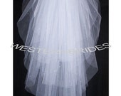 Brand New 4 tiers Queen style veil with Crystals. Fingetip lenght with silver comb ready to wear