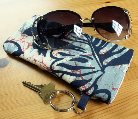 Cotton Padded Soft Sunglasses Case in Navy, Dusty Blue, and Red Hawaiian Print