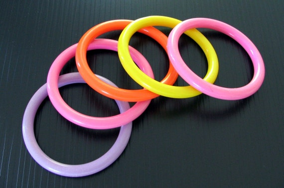 Set of 5 Vintage 1960's  Multicolor Bangle Bracelets plus BONUS -  SALE
