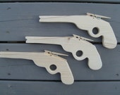 pty pkg - 20  rubber band guns for parties or sleepovers