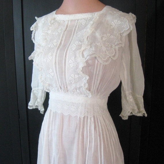 Vintage Antique Edwardian Dress White Sheer Cotton Tiered Ruffled Skirt Embroidery Eyelet Lace Tucks 1900s 1910s 1920s Bust 32