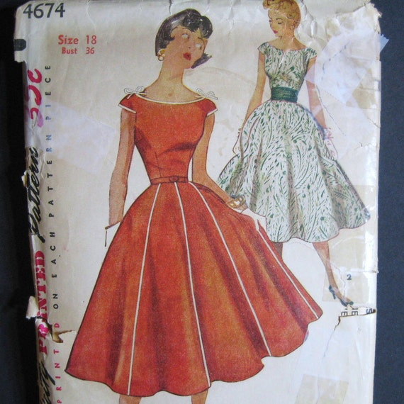 Vintage 50s Boat Neck Dress Pattern Full Skirt Fitted Bodice
