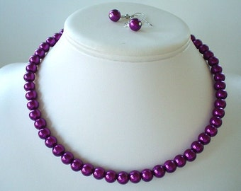 50 % Off Single Strand Magenta Pearl Beaded Necklace and Earring Set    Great Brides or Bridesmaid Gifts