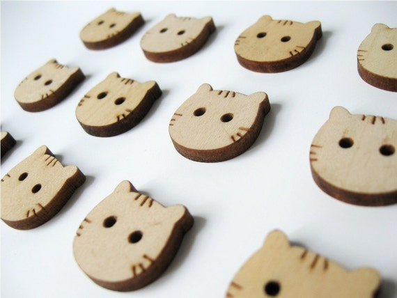 Cat Face Shaped Natural dyed Wood Button Set of 12  (BB107)