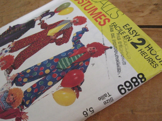 Halloween diy McCall's 8869 Pattern for children's clown costumes, uncut