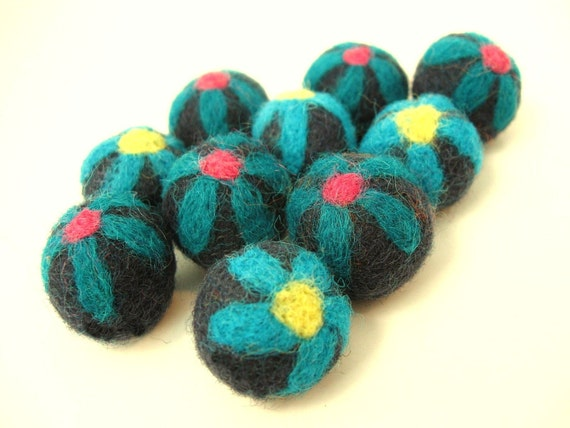 Felt Balls Aqua Flower - 10 Pure Wool Beads 20mm - Turquoise Blue Shade - Flat rate shipping
