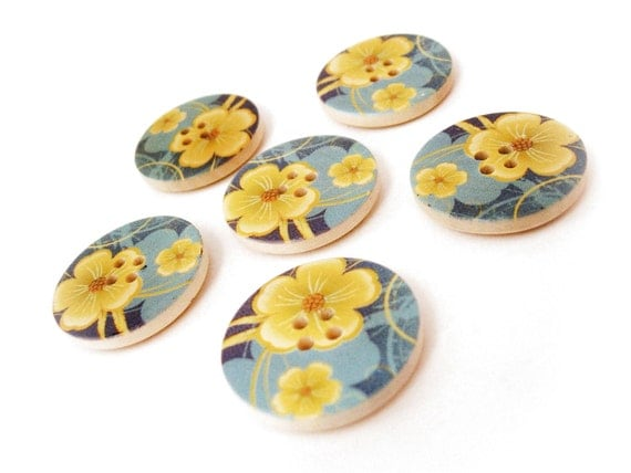 Blue and Yellow Flower Pattern Wooden Sewing Buttons 30mm - set of 6 natural wood button  (BB105M)