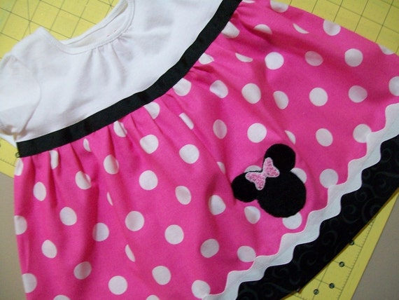 Minnie mouse dress with embroidery
