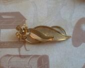 Vintage Textured Goldtone Brooch