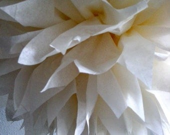 CREAM / 1 tissue paper pom pom / wedding decorations / diy / pompoms / christening decorations / nursery poms / cream decorations / pompom