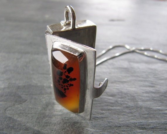 Locket of Montana Agate and Sterling Silver