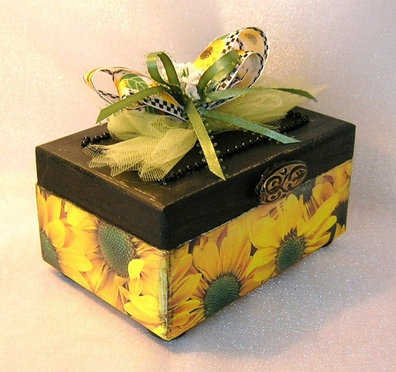 CLEARANCE - 50% Off Sunflowers on Parade Trinket Box