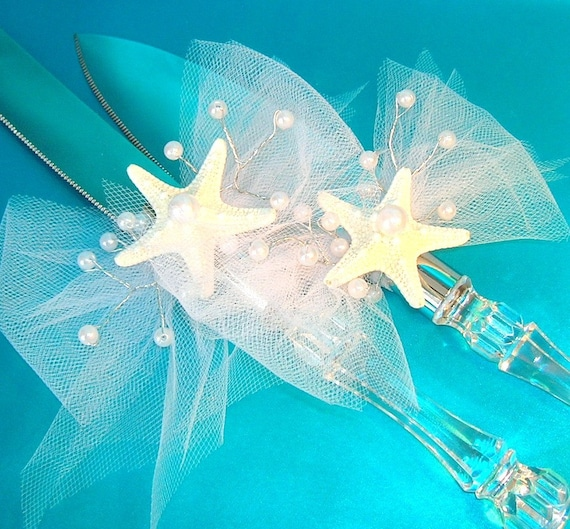 beach theme wedding cake serving set themed wedding cake serving set with white tulle bows 11164