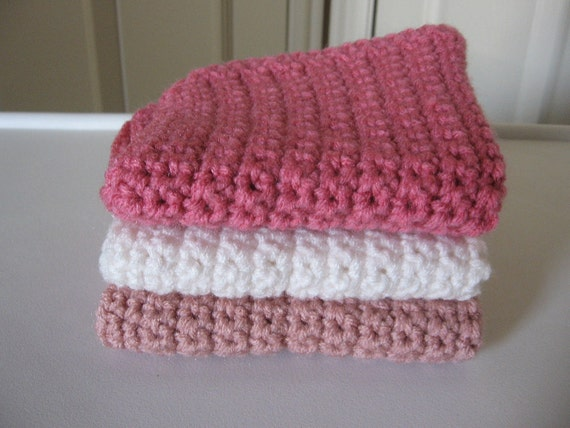 Pink and White Crochet Wash Cloths Set of Three.
