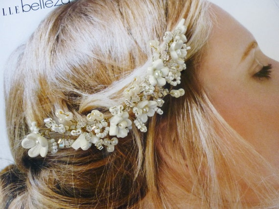 Bridal clay flower headpiece, bridal hair comb, clay flower, bridal hair comb, blossom hair vine, wedding hair comb, pearl hair vine, ivory