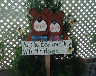 Ol Bear garden stake