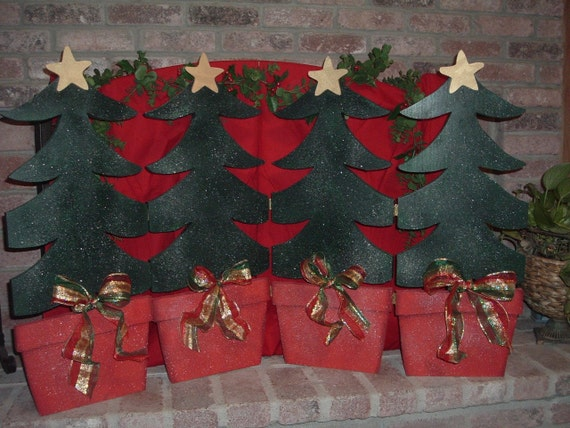 Items Similar To Country Christmas Fireplace Screen On Etsy